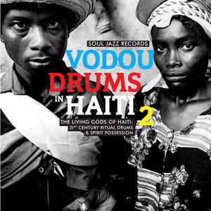 DRUMMERS of the SOCIÉTÉ ABSOLUMENT GUININ - VODOU DRUMS in HAITI 2